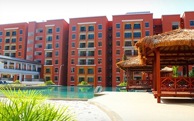 Bukit Gambang: 2D1N Stay in Studio Deluxe Room at Arabian Bay Resort for 2 People